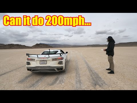 Watch a C8 Mid-Engine Corvette Hit 173 MPH on a Dry Lake Bed