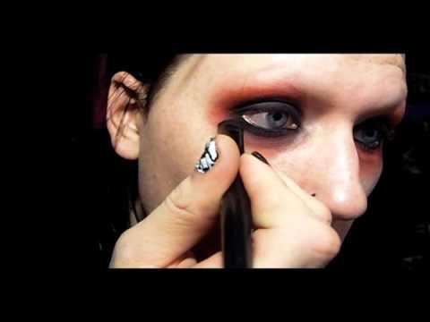 TUTORIAL Goth Boy Makeup Featuring J0hn1313