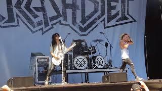 Crashdiet - Falling Rain, Sweden Rock 2018