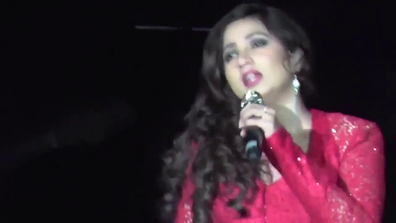 Shreya Ghoshal and Kanika Kapoor live performance 2016 ...