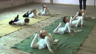Танцевальные уроки (младшие группы)