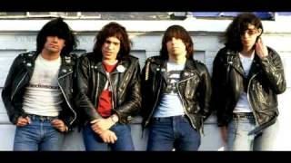 RAMONES I WANNA BE YOUR BOYFRIEND (ESPAÑOL SUB)