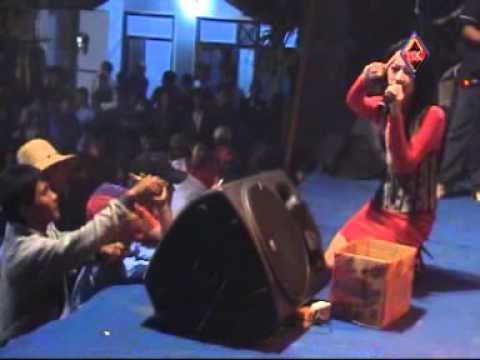 Rena KDI Muara Kasih Bunda Bintang Utara Live Gegunung Wetan Rembang 2012