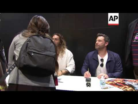Thumbnail: 'Justice League' stars Gadot, Affleck, Momoa sign autographs for fans at Comic-Con