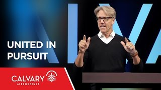 Video United in Pursuit - Acts 6:1-7 - Skip Heitzig download MP3, 3GP, MP4, WEBM, AVI, FLV November 2017