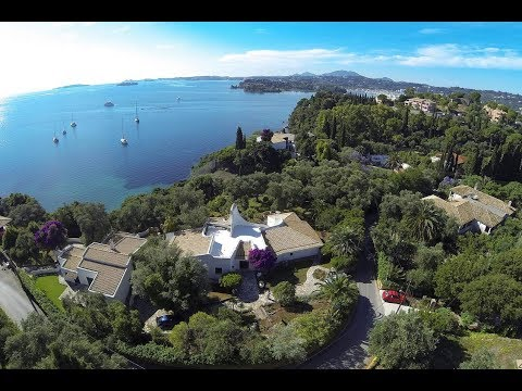 LUXURY SEAFRONT VILLA FOR SALE IN KOMMENO, ON THE EAST COAST OF CORFU-CPA 3379