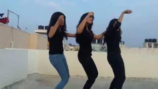 Palkari penne remix comedy dance..