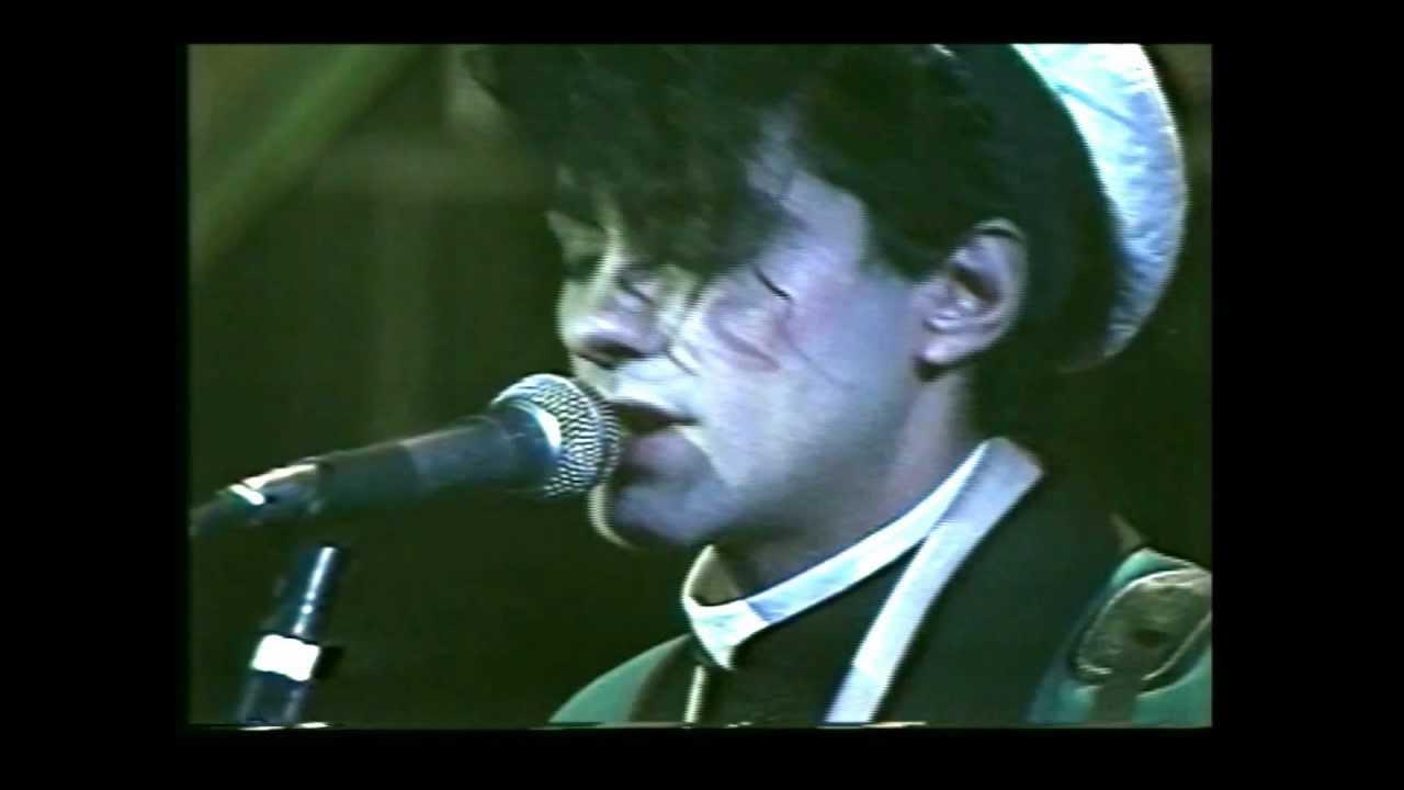 los-abuelos-de-la-nada-chalaman-en-vivo-en-el-opera-1985-hd-martin-vasquez