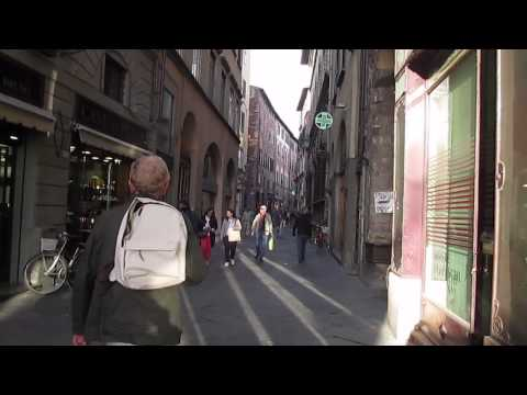Lucca, Italy: A quick walking tour at sunset