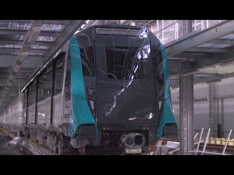 First Sydney Metro train arrives (with audio description)