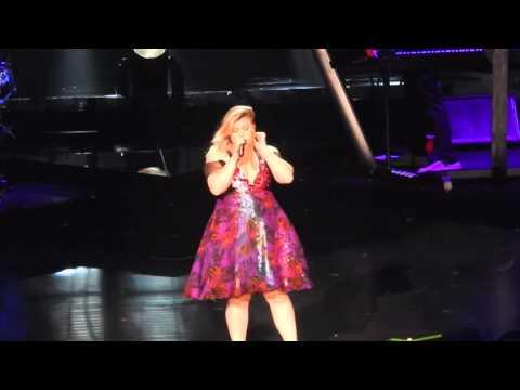 Kelly Clarkson- People Like Us (Radio City Music Hall) 7/17/15