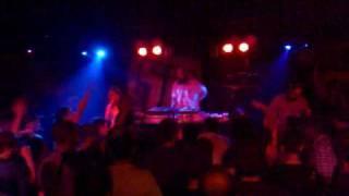 GELOS feat ESTERINA - MAGIKO XALI (LIVE)
