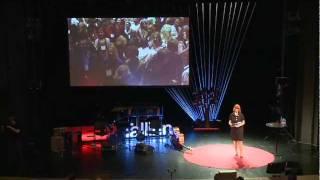 TEDxTallinn - Elina Kivinukk -
