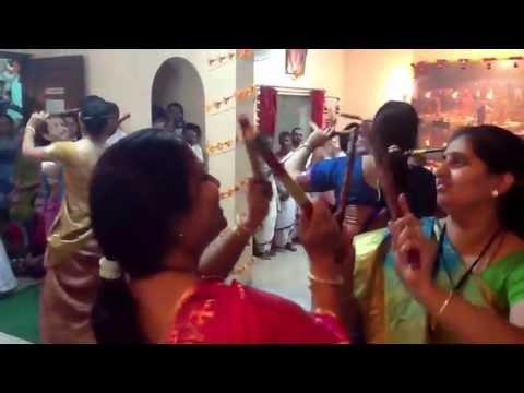 Tipri on Aajah Gokulatha Rang Khelatohari