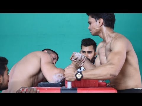 AKASH KUMAR (WRIST HUNTER) VS MAYANK ARM WRESTLING SUPER MATCH