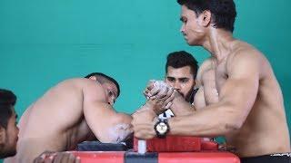 AKASH KUMAR (WRIST HUNTER) VS MAYANK ARM WRESTLING SUPER MATCH