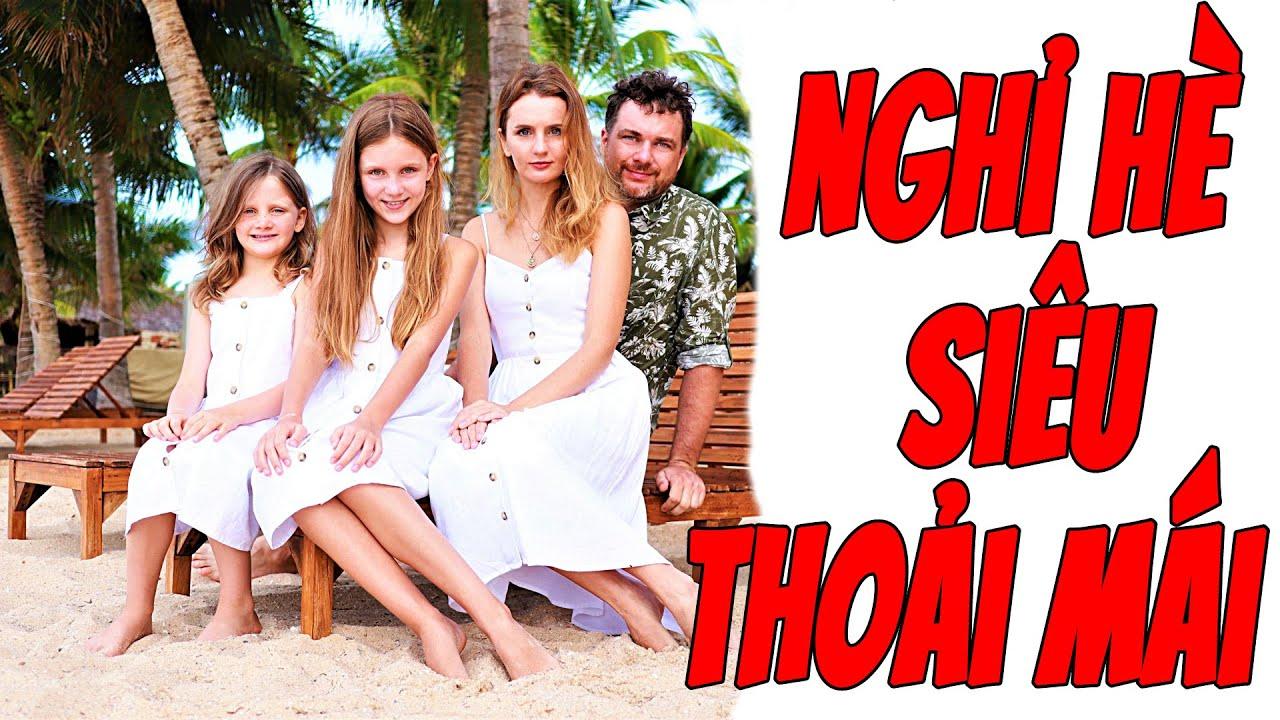 Gia đình Stefi & Emi Nghỉ Hè ở Khách Sạn gần Biển Siêu Thoải Mái | Du Lịch Travel Vlog Mui Ne