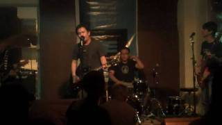 "soapdish - ""tensionado"" live at capones balcony nights"