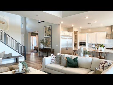 Transitional Modern Home For Sale Las Vegas Strip View $922K+ Pool & Spa, 3634 Sqft, 4BD, 4BA, 3CR,