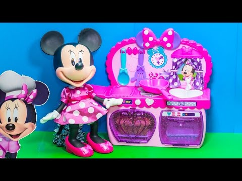 Minnie Mouse Bowtique Kitchen Set With Play Doh