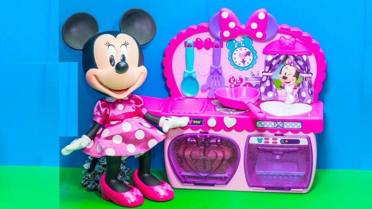 Minnie Mouse Kitchen Design Builders