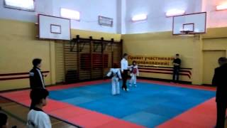 соревнование ТХЭКВОНДО лицей Петру Мовилэ спарринг 17