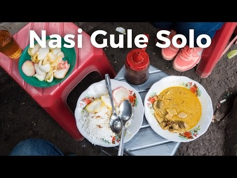 Friendly Indonesian Street Food: Nasi Gule Solo