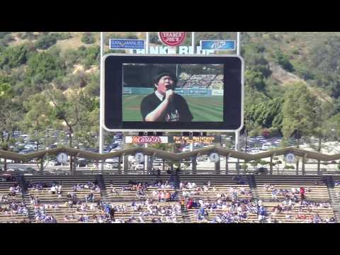 """Lin Yu Chun sings """"Taiwan Will Touch Your Heart"""" and """"The Star Spangled Banner"""" at Dodger Stadium"""