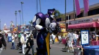 Rock and roll robot at Del Mar fair