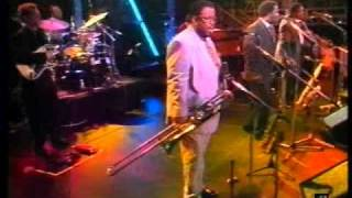 Maceo Parker and Roots Revisited - Shake Everything You Got (Southwick)  - Live 1992