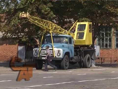 Словянський професійний аграрний  ліцей похвалився  своїм автопарком.