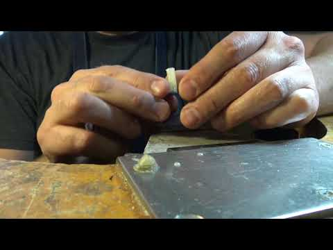 The best way! How to sprue a wax ring for sterling silver casting #1