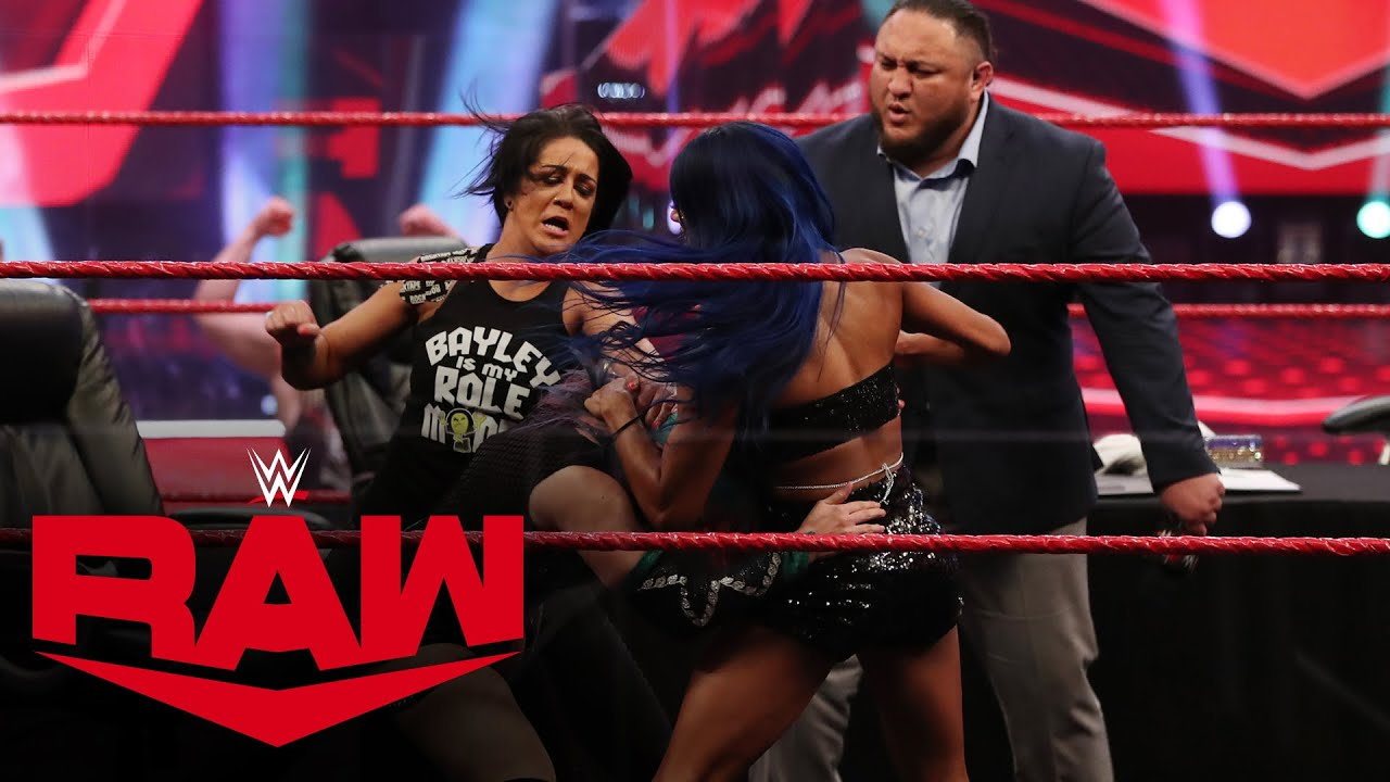 Download Double contract signing turns chaotic: Raw, June 29, 2020