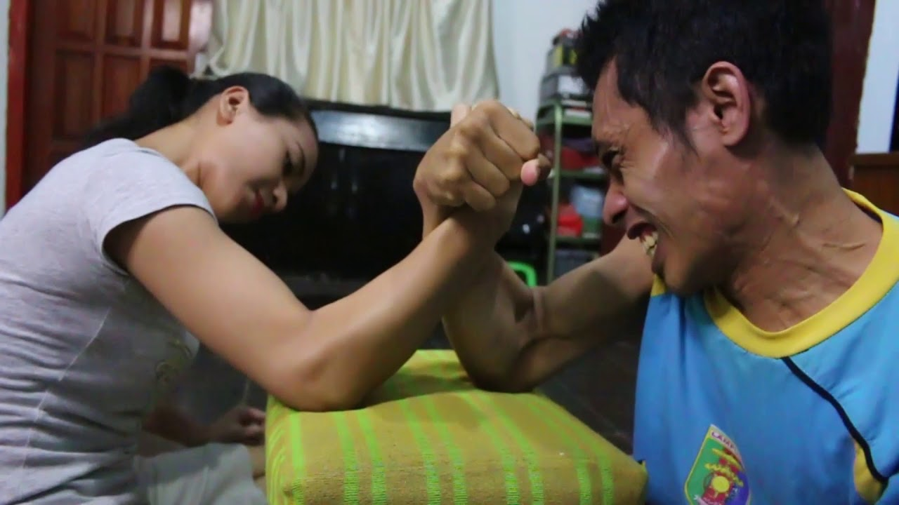 Download Lady Pancho Arm Wrestling Cewek Kuat Pancho