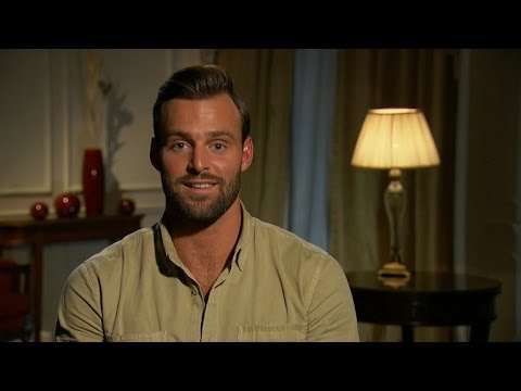 NSFW: 'The Bachelorette' Contestant Robby Hayes Strips Down -- See the Video!