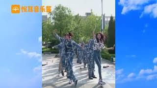 Смотрите, чем китайцы занимаются на военных сборах. Вы удивитесь!
