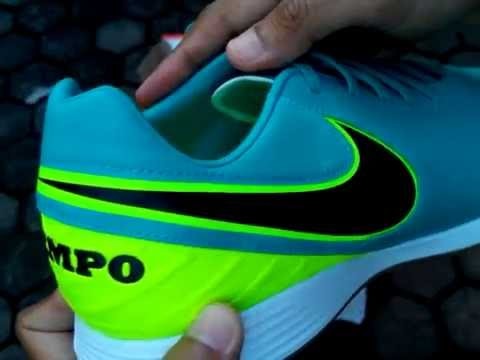 199cd3068 ... coupon code for sepatu futsal nike tiempo mystic v ic clear jade 819222  307 unboxing youtube