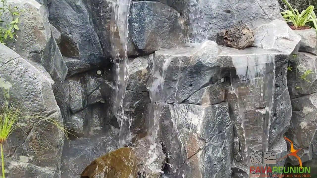 cascade en faux rochers d coration autour d 39 une piscine youtube On faux rocher cascade