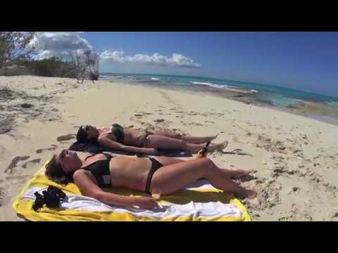 SV Vagabond Turks P2 beach champagne & diving
