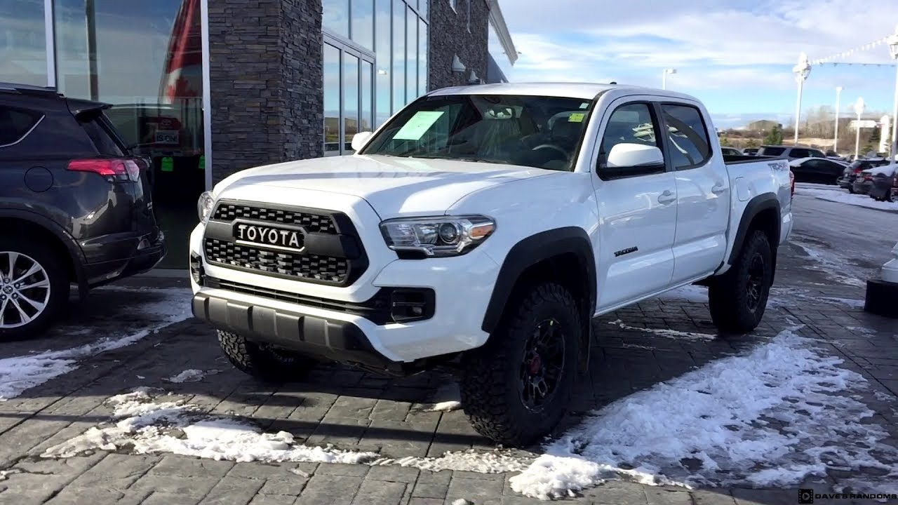 2017 toyota tacoma double cab with a trd pro grill and. Black Bedroom Furniture Sets. Home Design Ideas