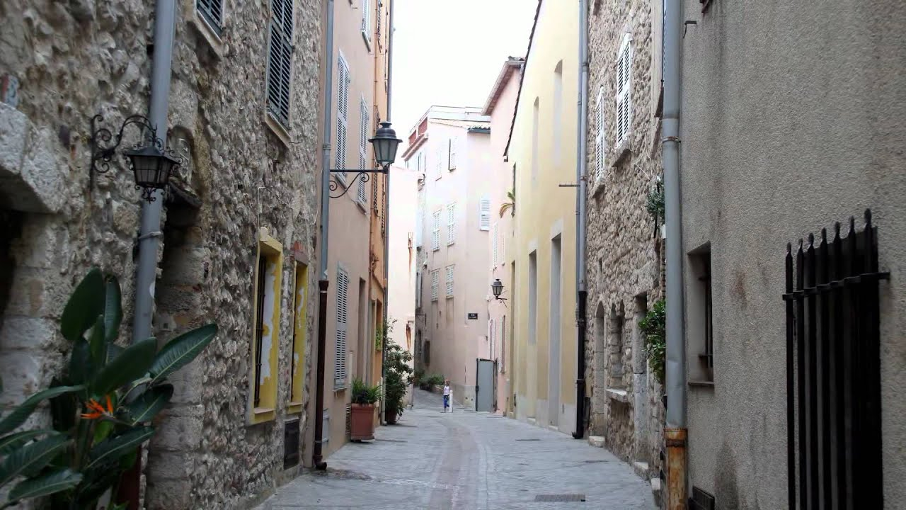 Antibes : Voiles d Antibes et vieille ville - YouTube