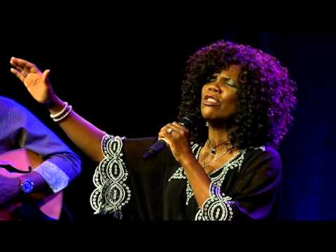 (413) Lynda Randle (2): Concert in Norway 2015 - Songs & introductions - Part 2
