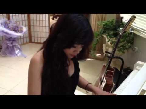 Ngoi sao xuong ngon vien truyen hinh 2012   , cam hung piano cua Hong Tu ( phan 2 )