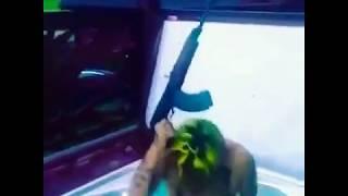 Tekashi69 RUNNING with GUN!  SIXNINE