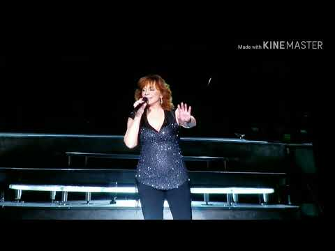 REBA MCENTIRE, A NIGHT TO REMEMBER,PART IV, THE PAVILION AT TOYOTA MUSIC FACTORY,LAS COLINAS,TX 2018
