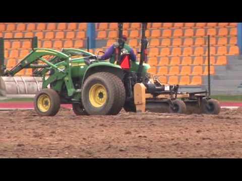 Przebudowa boiska w Gniewinie w ramach Euro 2012 dla reprezentacji Hiszpanii