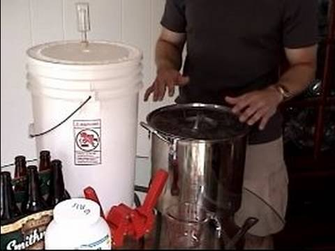 How To Home Brew Pilsner Beer : Equipment For Home Brewing Pilsner Beer