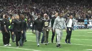 Reggie Bush leads former Saints players in 'Who Dat' chant