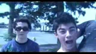 Jonas Brothers : Please Be Mine (Music Video)