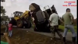 Top heavy equipment accidents caught on tape | Amazing Truck Accidents Truck Crash Compilation 2016